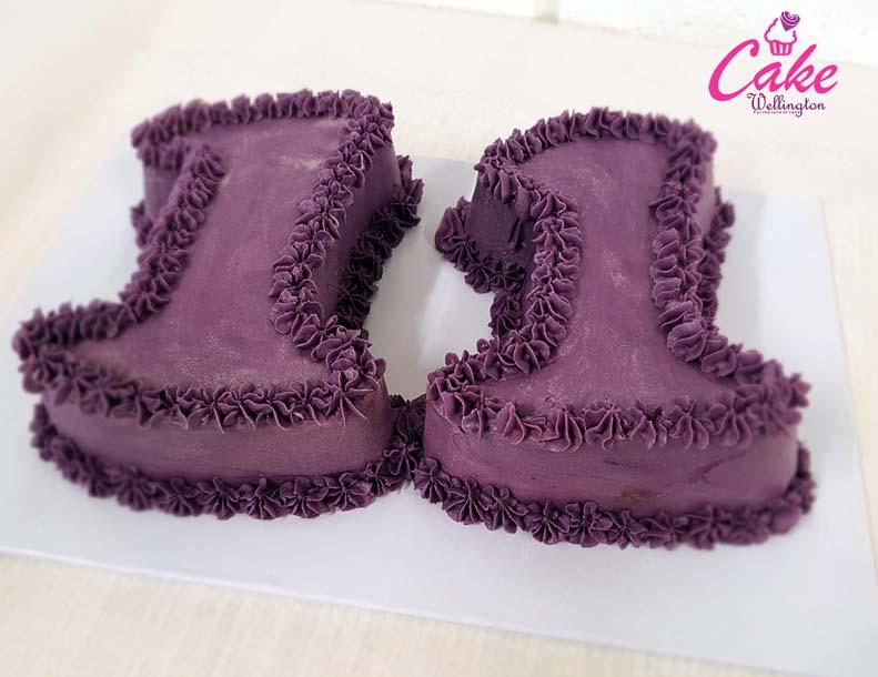 Number 11 Birthday Cake